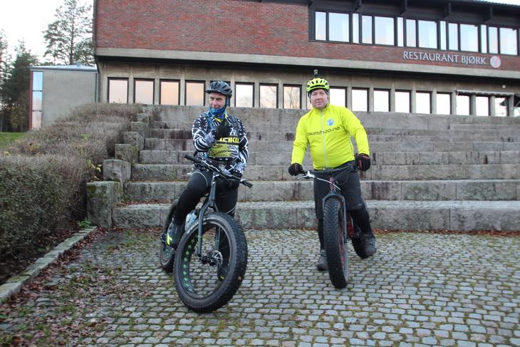 SØRMARKA: Even Jakobsen og Knut Ringen fra Skotterud jobber begge i Nettbuss i Kongsvinger. De kombinerer opplæring med trim