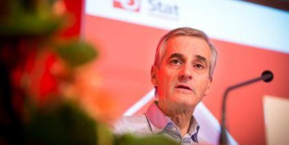 Ap-leder Jonas Gahr Støre møtte tilllitsvalgte på Kartellkonferansen onsdag, der det tapte valget i høst blir diskutert.