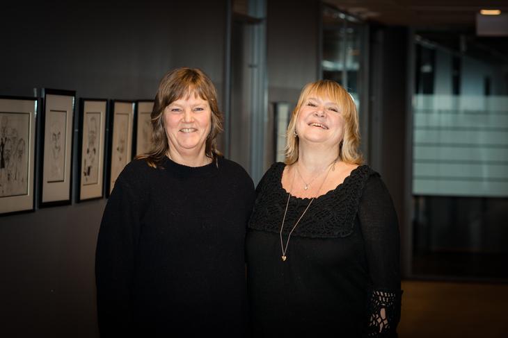 JA-FLERTALL: Nestleder i LO Stat, Lise Olsen, (t.v.) og forbundsleder, Jane Brekkhus Sæthre, i Norsk Jernbaneforbund har fått et overveldende ja til tariffavtalen i Bane Nor.