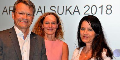 LO Stat-leder Egil André Aas og Spekter-sjef Anne-Kari Bratten hadde blant andre invitert direktør Camilla Stoltenberg ved Folkehelseinstituttet til en debatt om kometansetrygghet under Arendalsuka.