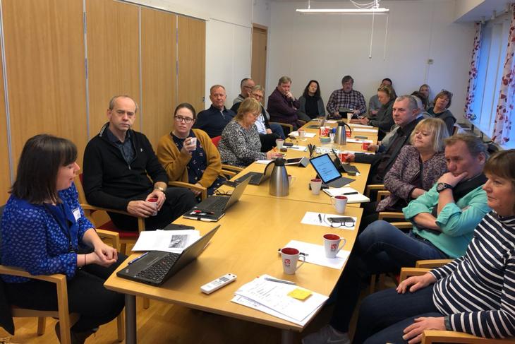 Mona Wærnes fra Norsk Folkehjelp informerte om den dramatiske situasjonen til arbeidsutvalget i LO Stat.