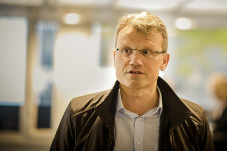 KORONA-AVTALE: LO Stats leder Egil André Aas poengterer at avtalen om arbeidstid ikke er noen ensidig blankofullmakt.