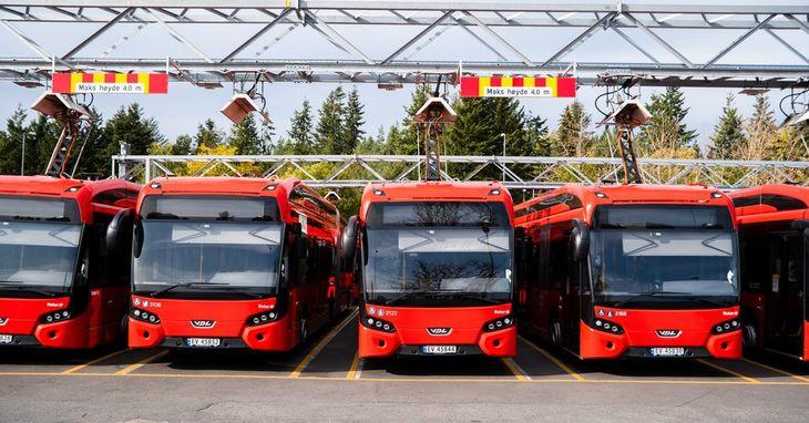 Det ble et knapt ja-flertall i uravstemningen for bussoppgjøret.