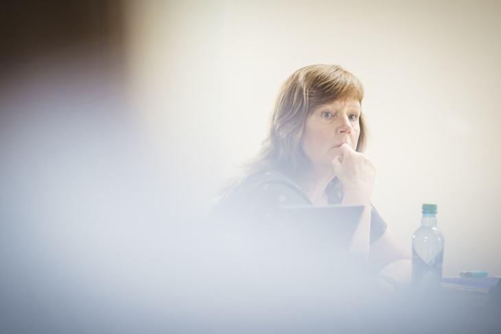 Vi står milevis fra hverandre, derfor er vi streik, sier Lise Olsen, forhandlingsleder og nestleder i LO Stat.