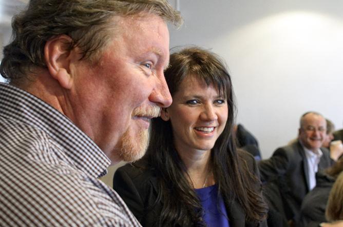 KLAR FOR BISTAND: LO Stat og Spekter, her representert ved Eivind Gran og Anne-Kari Bratten er klar for å bidra til å løsen flokene i årets tariffoppgjør i Spekter.