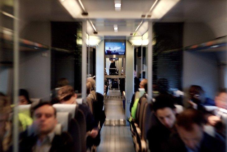 Jernbane, NRK og sykehjem er de tjenestene som flest synes det er riktig å privatisere. Likevel er det bare en knapp tredjedel som synes det er en god ide. Foto: Erlend Dalhaug Daae