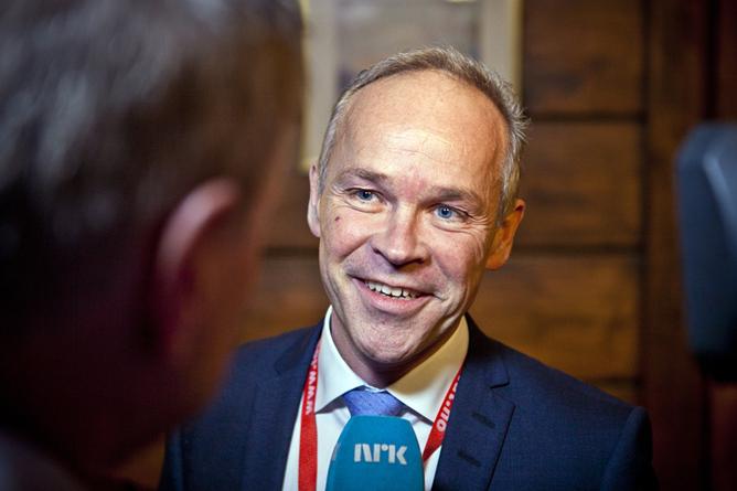 Statsråd Jan Tore Sanner. Foto: Ole Palmstrøm