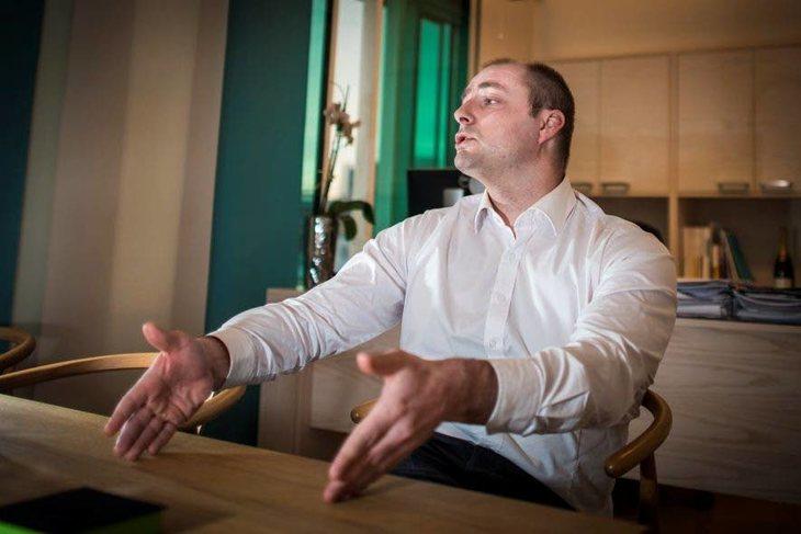 Arbeidsminister Robert Eriksson (FrP) vil fjerne alle særaldersgrenser i arbeidslivet. Tillitsvalgte steiler. Foto: Kristian Brustad