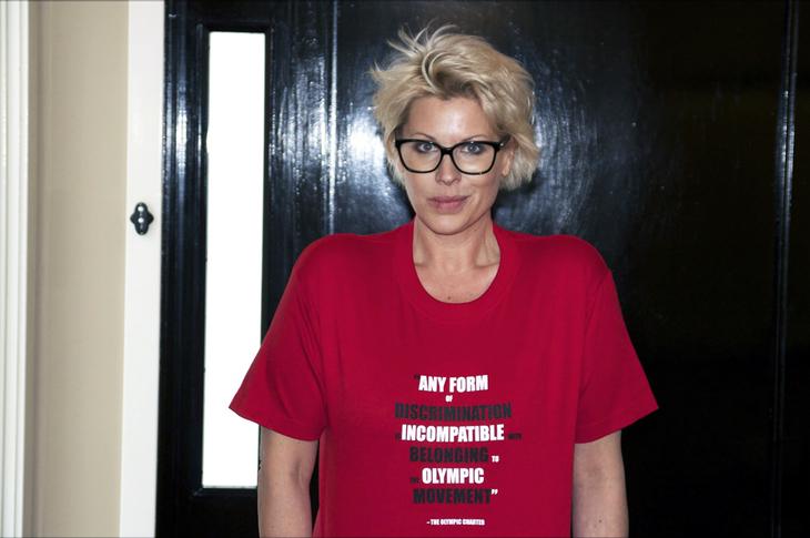 Komiker Anne-Kat Hærland er en av mange norske kjendiser som går i front mot Russlands homohets Foto: LLH