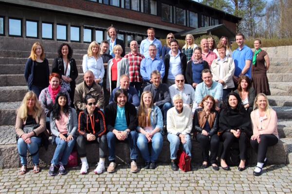 Studenter og veiledere på Organisasjon, Læring og Endring (OLE)