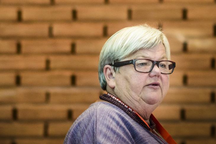 LO Stats leder Tone Rønoldtangen er bekymret for arbeidsplassene i offentlig sektor. Foto: Kristian Brustad