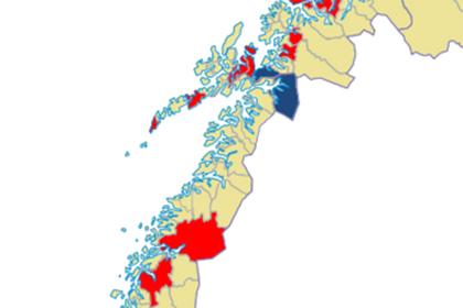 Utsnitt, kart: Kommuner merket rødt har vedtak på å beholde gammel arbeidsmiljølov. Blått er kommuner der forslag om å beholde gammel arbeidsmiljølov er avvist. Gult betyr at saken ikke er avgjort.